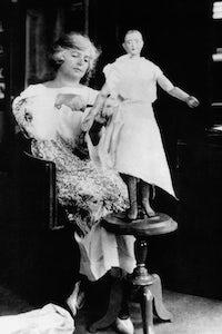 Madeleine Vionnet in her studio (1930)   Source: Getty