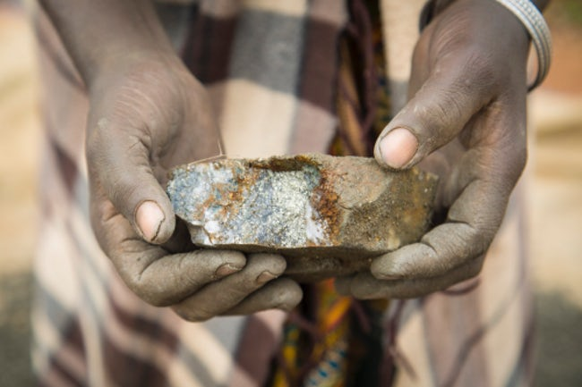 Gold ore from the Nsangano mine, Tanzania  | photo: Andy Pilsbury/Rose Dunne