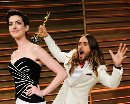 Anne Hathaway and Jared Leto at Vanity Fair's Oscar party | Source: BFA