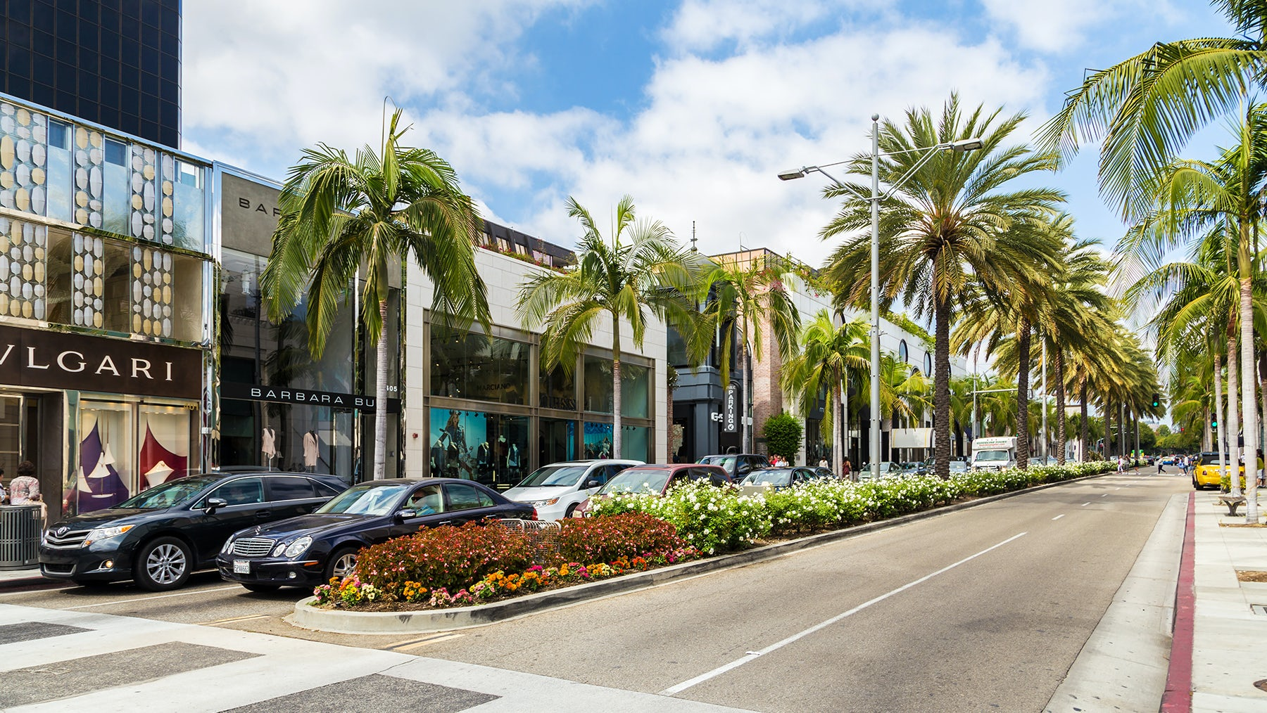 Designer brand stores on Rodeo Drive | Source: Shutterstock