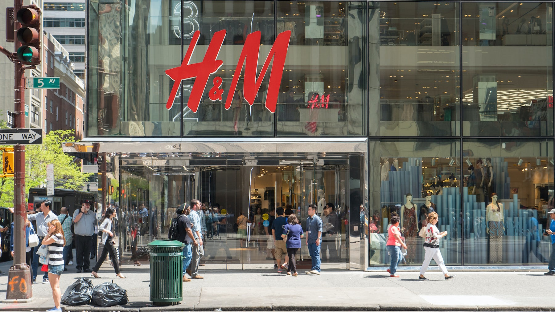 H&M Factory in Myanmar Damaged in Violent Labour Dispute