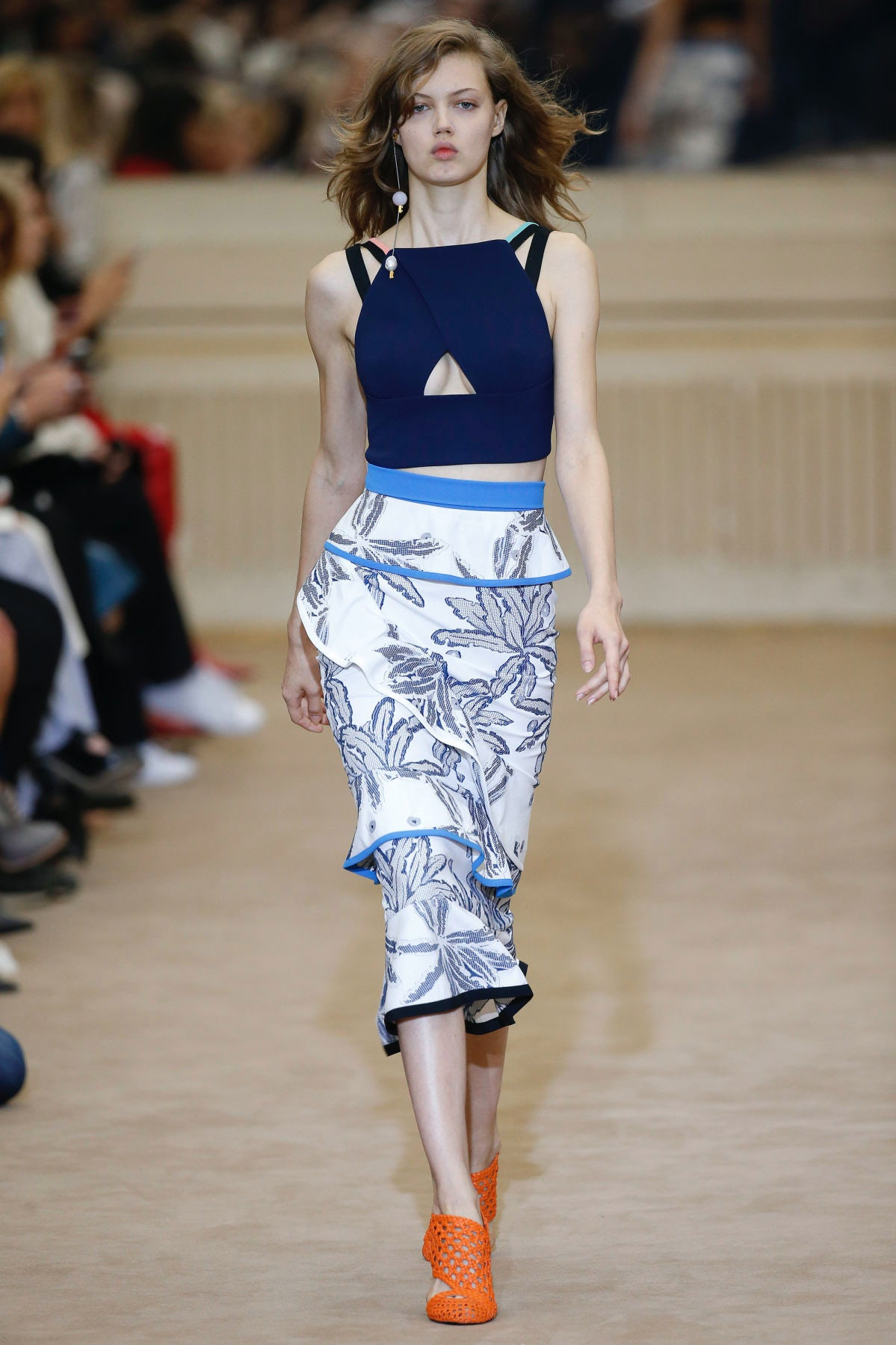 Roland Mouret Celebrates His 10th Anniversary With Some Time Travel