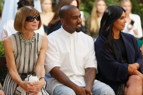 Anna Wintour, Kanye West and Kim Kardashian West at the CVFF fashion show | Photo: Jeff Vespa/Getty