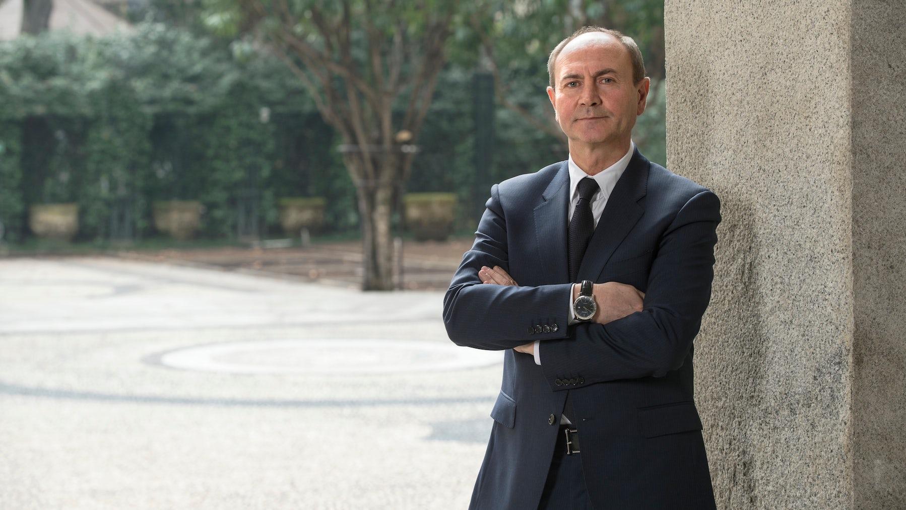 Power Moves | Roberto Cavalli Names CEO, Aquascutum MD, Carven Men's Designer Exits