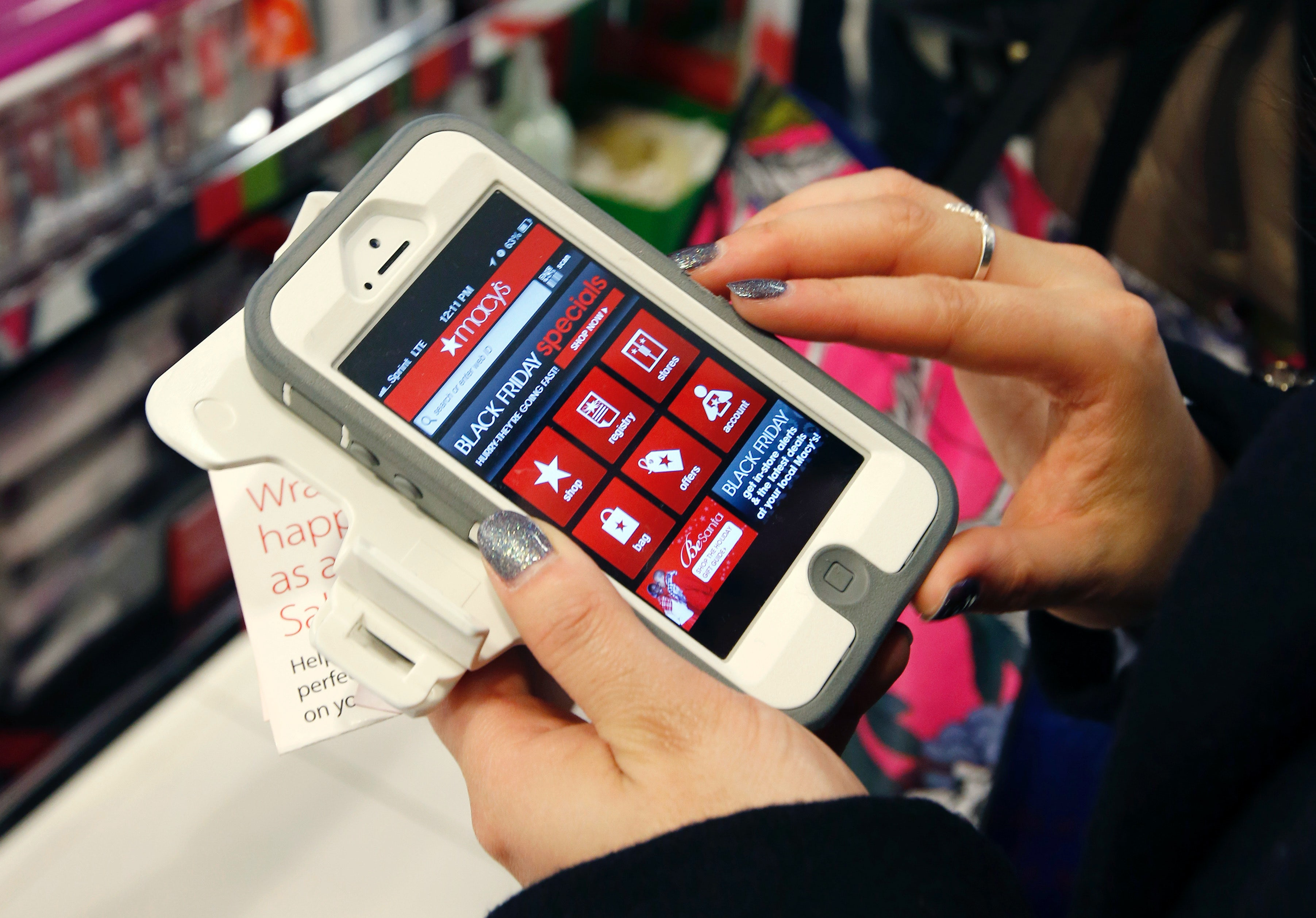 Mobile shopping   Source: Associated Press