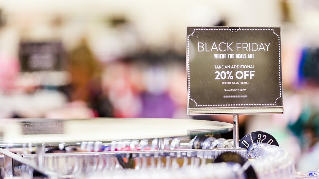 Us Holiday Sales On Track Amid Online Boost News Analysis Bof