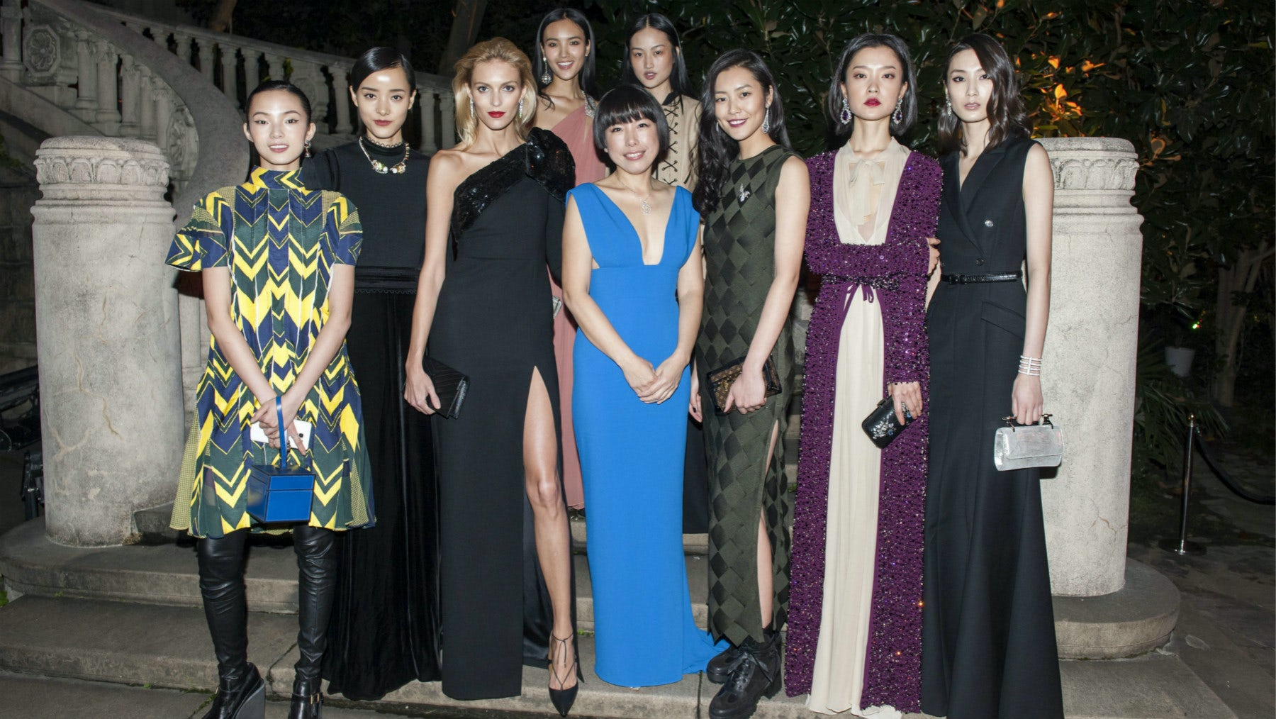 Vogue China editor-in-chief Angelica Cheung and models at the magazine's 10th anniversary party | Photo: Vogue China
