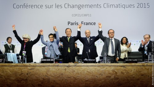 The agreement is annonced at COP21 | Source: Flickr/COP Paris