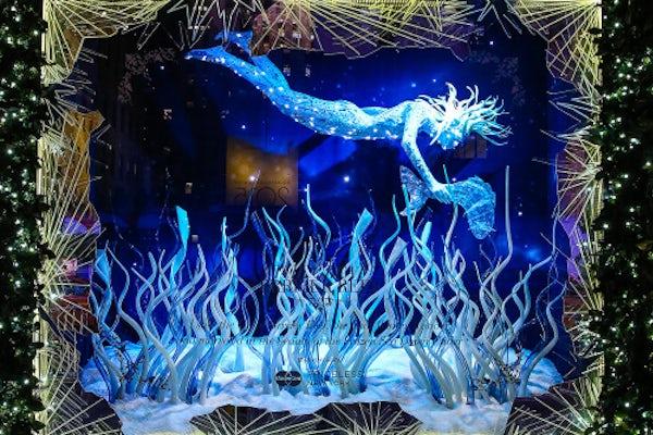 Saks Fifth Avenue Christmas windows 2015 | Source: Saks Fifth Avenue