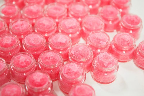 Lush bubble gum lip scrub | Source: Lush