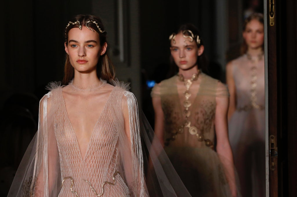 Valentino Haute Couture Spring/Summer 2016 | Source: InDigital.tv