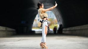 Street style at Seoul Fashion Week   Photo: Hugo Lee