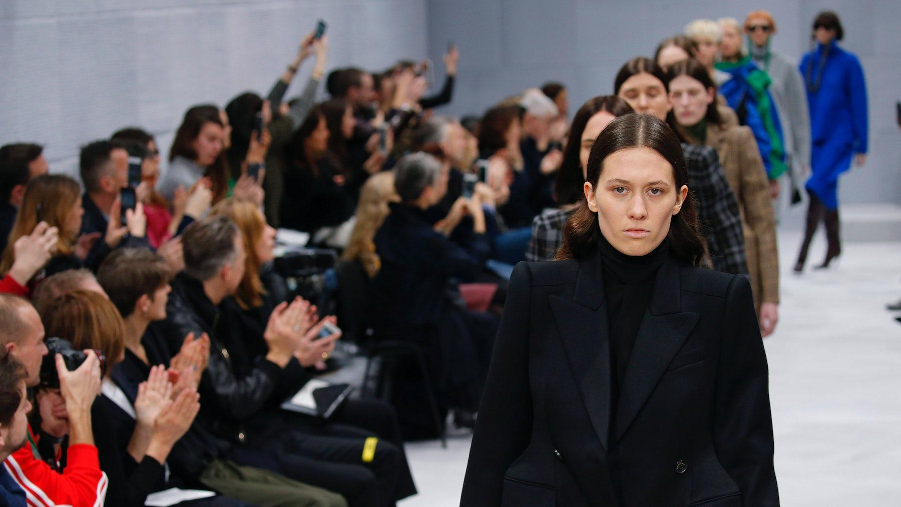 All white models walk the runway at Balenciaga's Autumn/Winter 2016 show | Source: InDigital