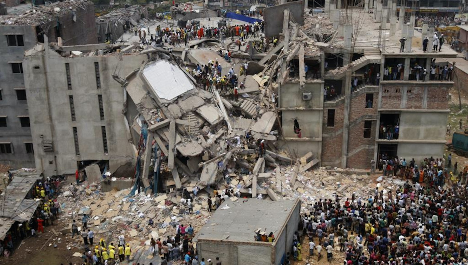 The Rana Plaza factory collapse | Source: Flickr/Rijans