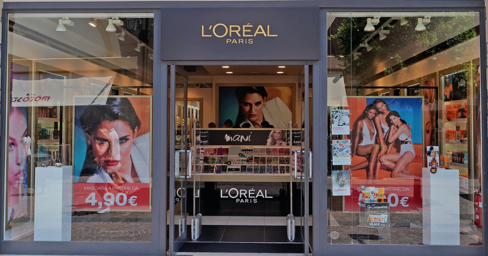 L'Oreal Store Front   Source: Shutterstock