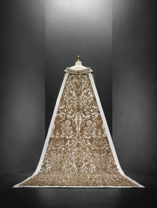 Wedding Ensemble by Karl Lagerfeld for Chanel Autumn/Winter 2014 | Source Metropolitan Museum of Art