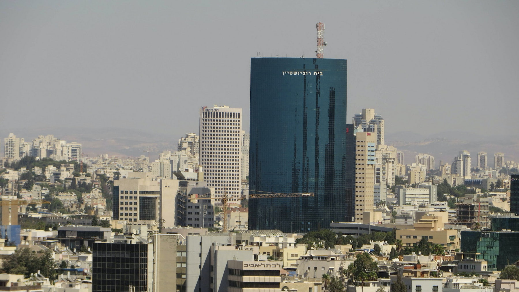 Tel Aviv | Source: Flickr/ChrisHoare