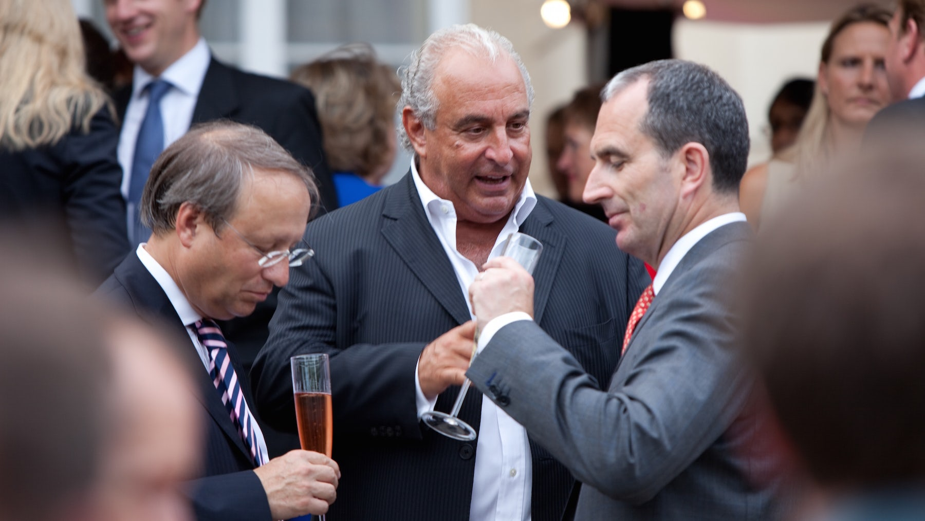 Sir Philip Green (centre) | Source: Wikimedia Commons