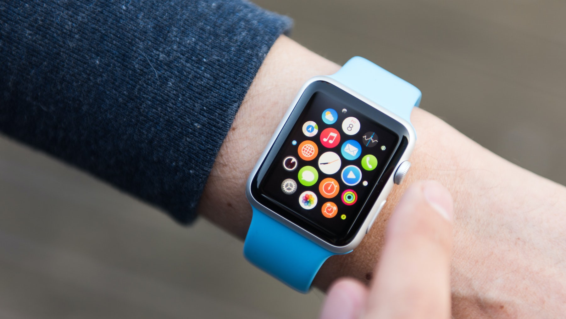 Bits & Bytes | Apple Watch Outperforms Swiss Watchmakers, Amazon and Target in War Over Apparel