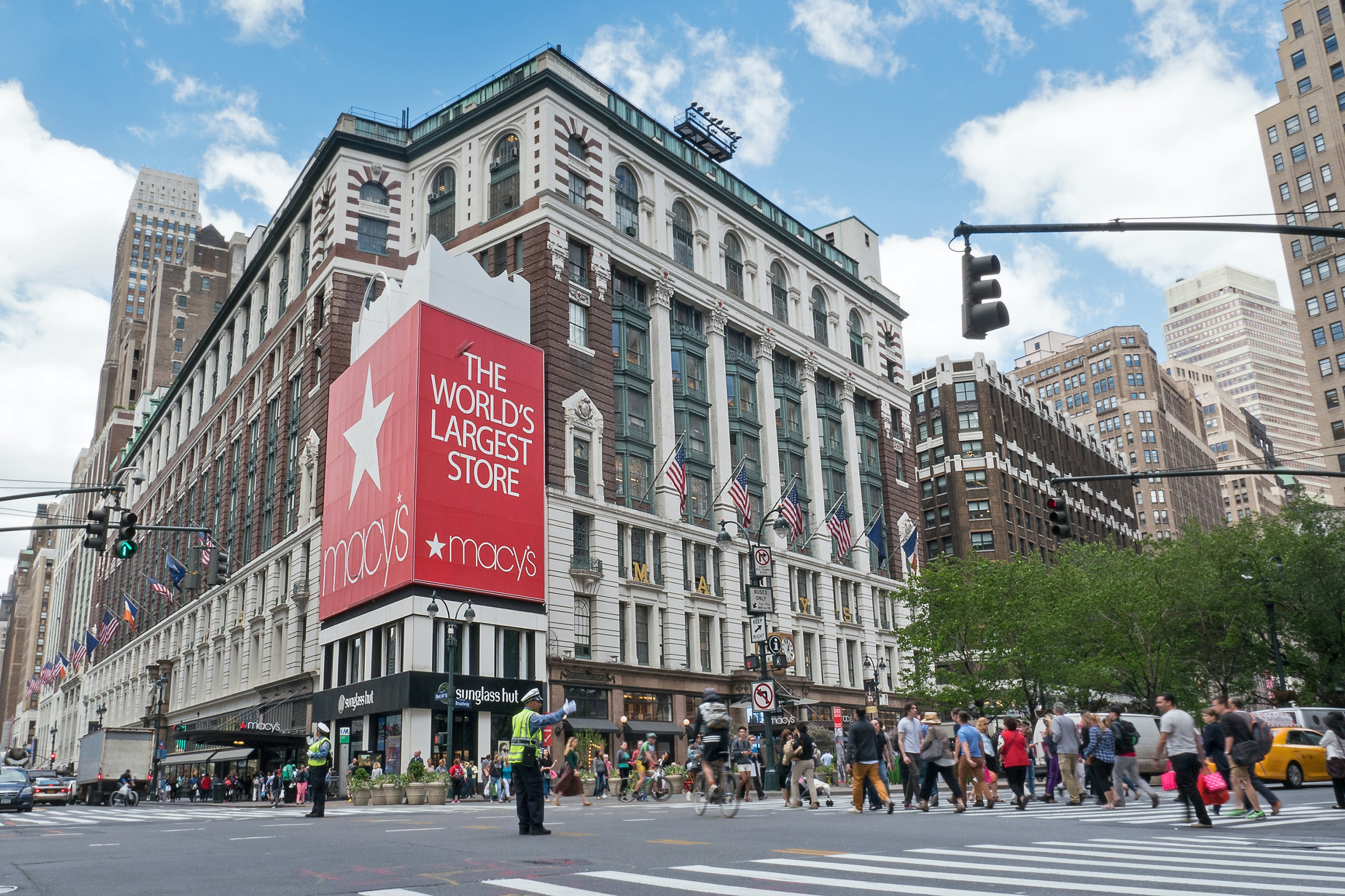 Macy's flagship store in Herald Square, New York | Source: Shutterstock