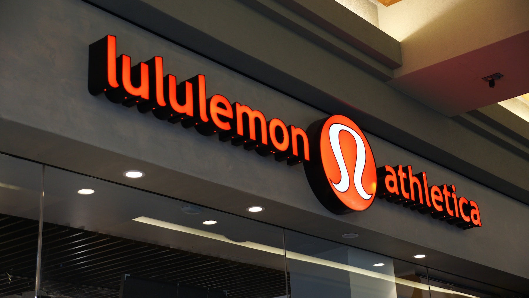 Lululemon store | Source: Shutterstock