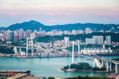 Xiamen's Haicang bridge | Source: Shutterstock