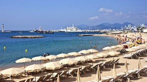 Cannes beach | Source: Shutterstock