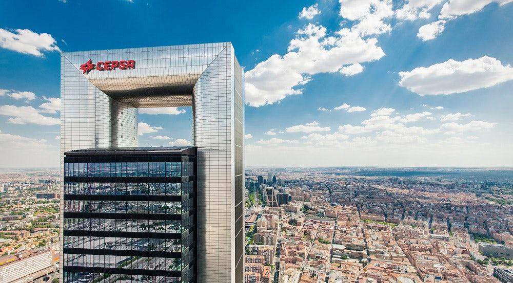Zara Owner Ortega Buys $550 Million Madrid Skyscraper