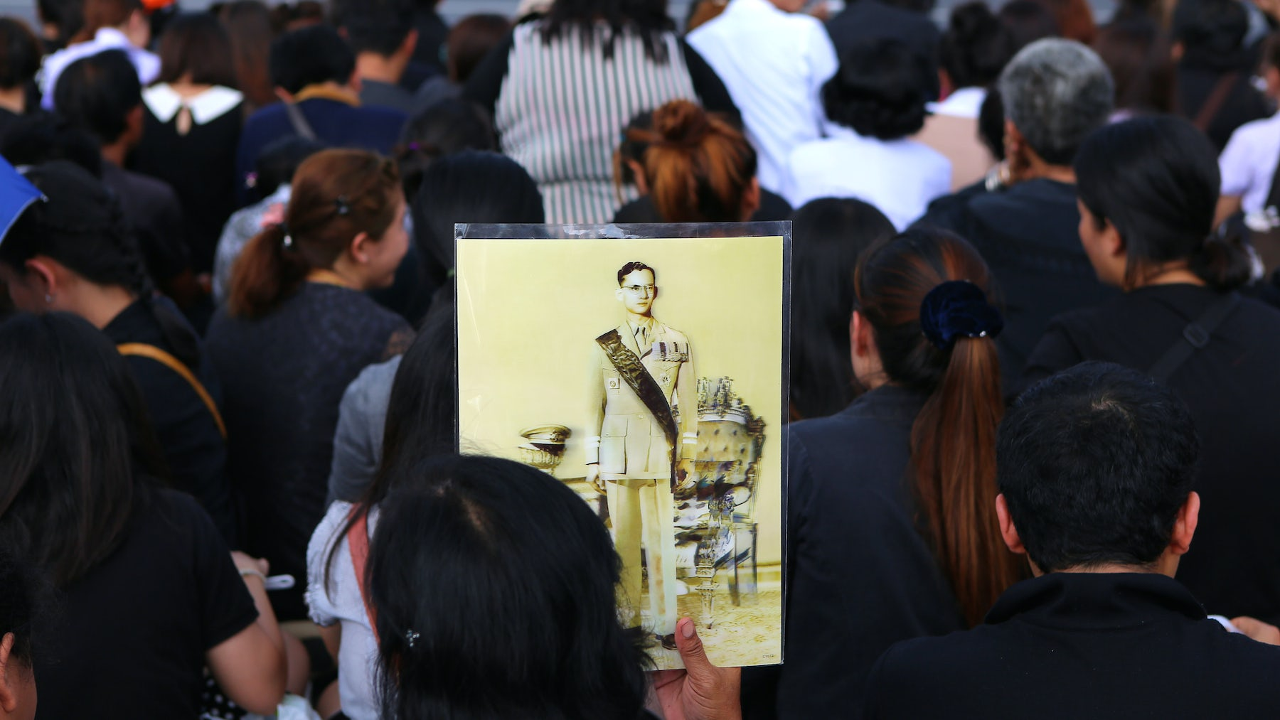 Mourners in the streets of Bangkok | Source: Shutterstock