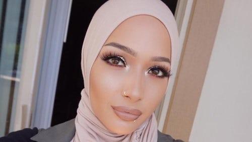 Muslim beauty blogger Nura Afia, Cover Girl's newest ambassador | Source: Instagram/@nuralailalov
