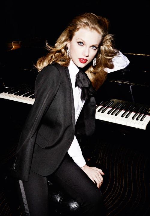 Taylor Swift for Vanity Fair 2015 | Photo: Mario Testino