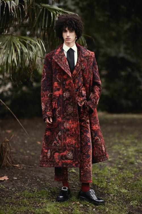 Alexander McQueen Autumn/Winter 2017 | Source: InDigital.tv