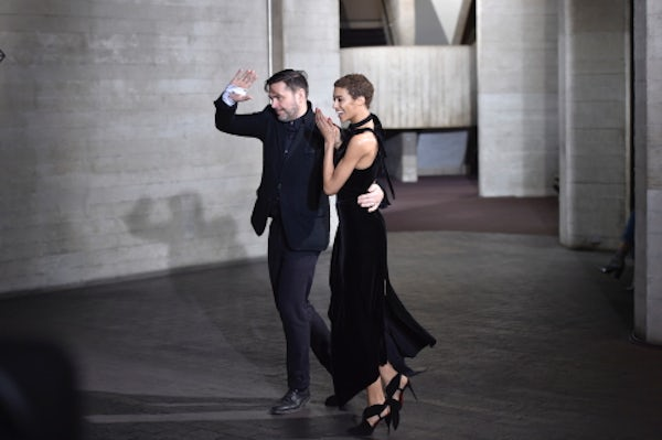 Roland Mouret takes his bow | Source: Courtesy