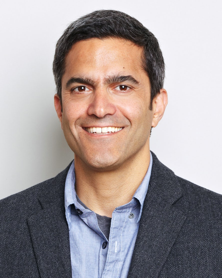 Banana Republic Hires CEO, Creative Director Leaves Mac Cosmetics
