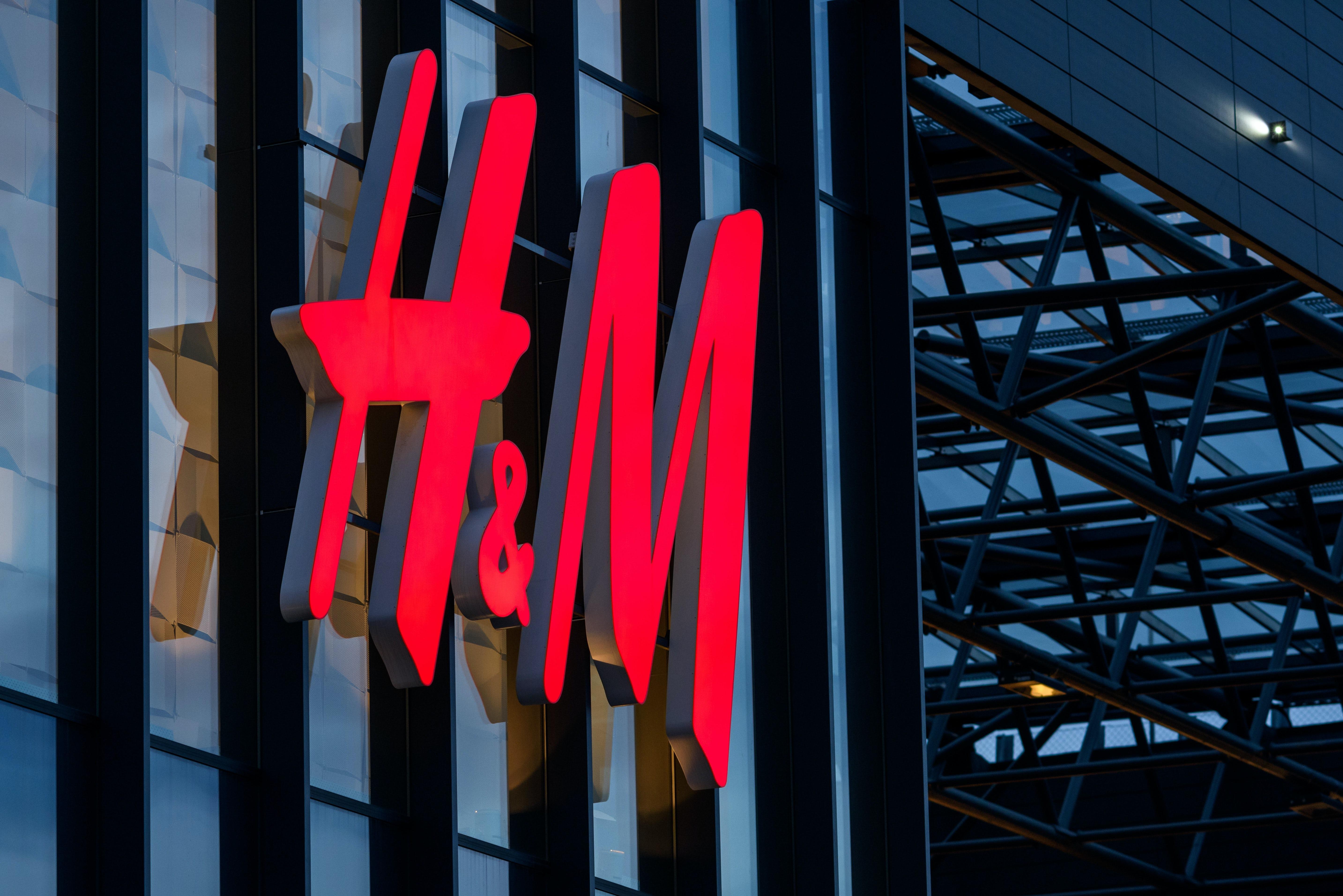 $12 Billion Swedish Stock Manager Is Betting on H&M Turnaround