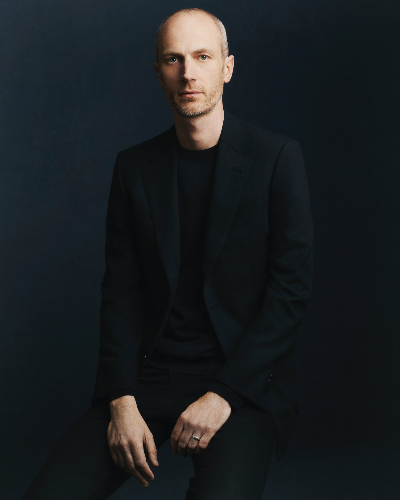 Article cover of News Bites | Dunhill Names New Creative Director, Roland Mouret Exits Robert Clergerie