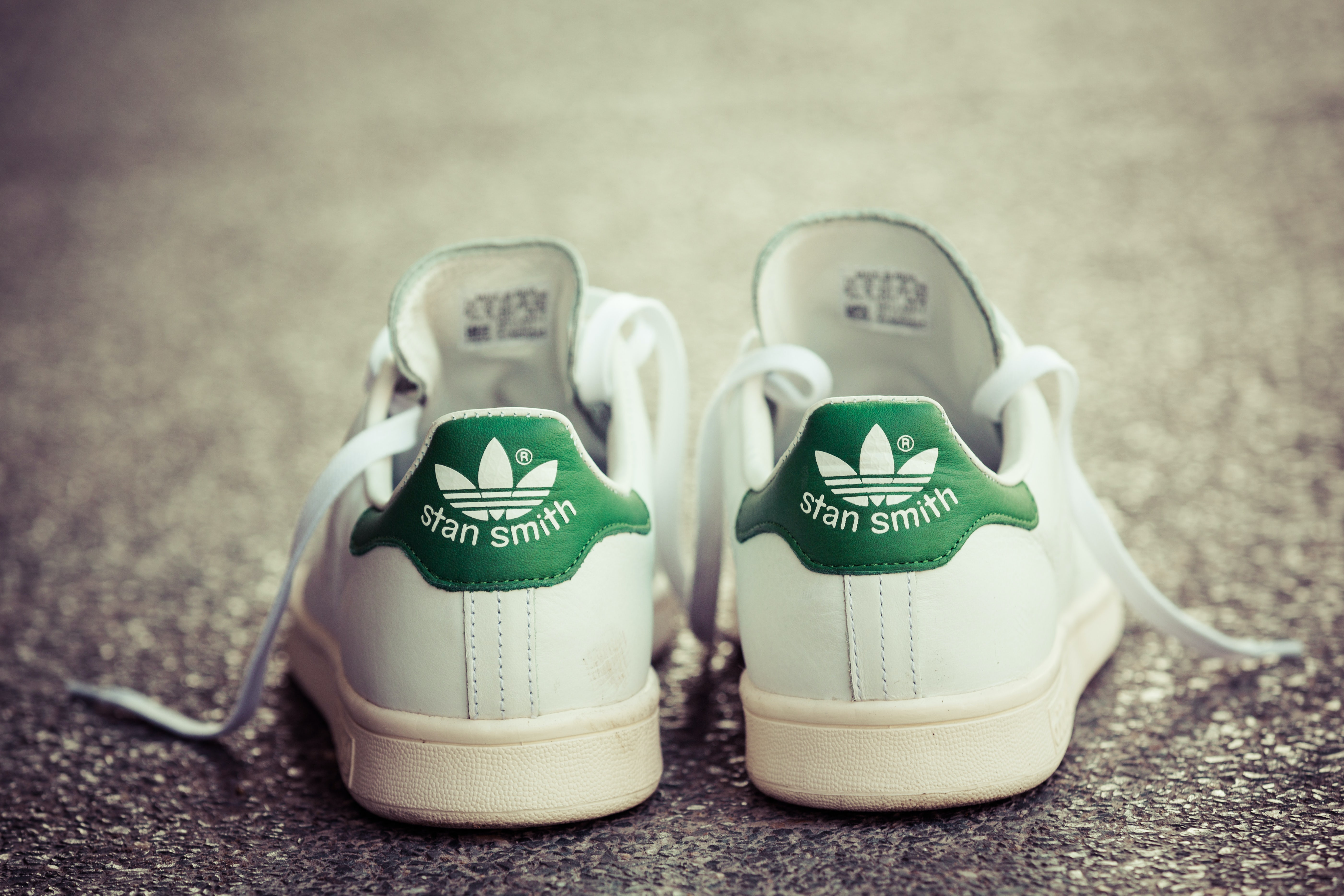 Adidas Stan Smith sneakers | Source: Shutterstock