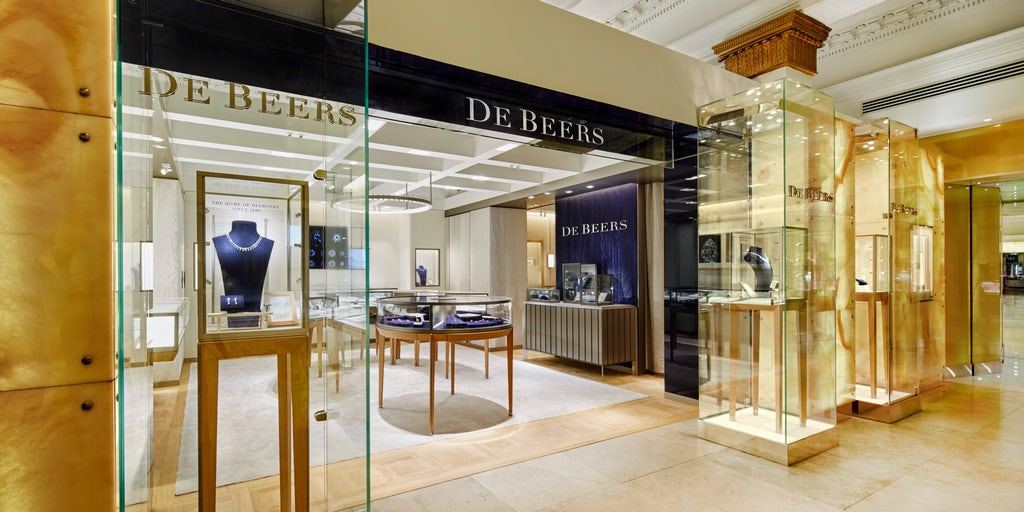De Beers Allows Customers to Reject...