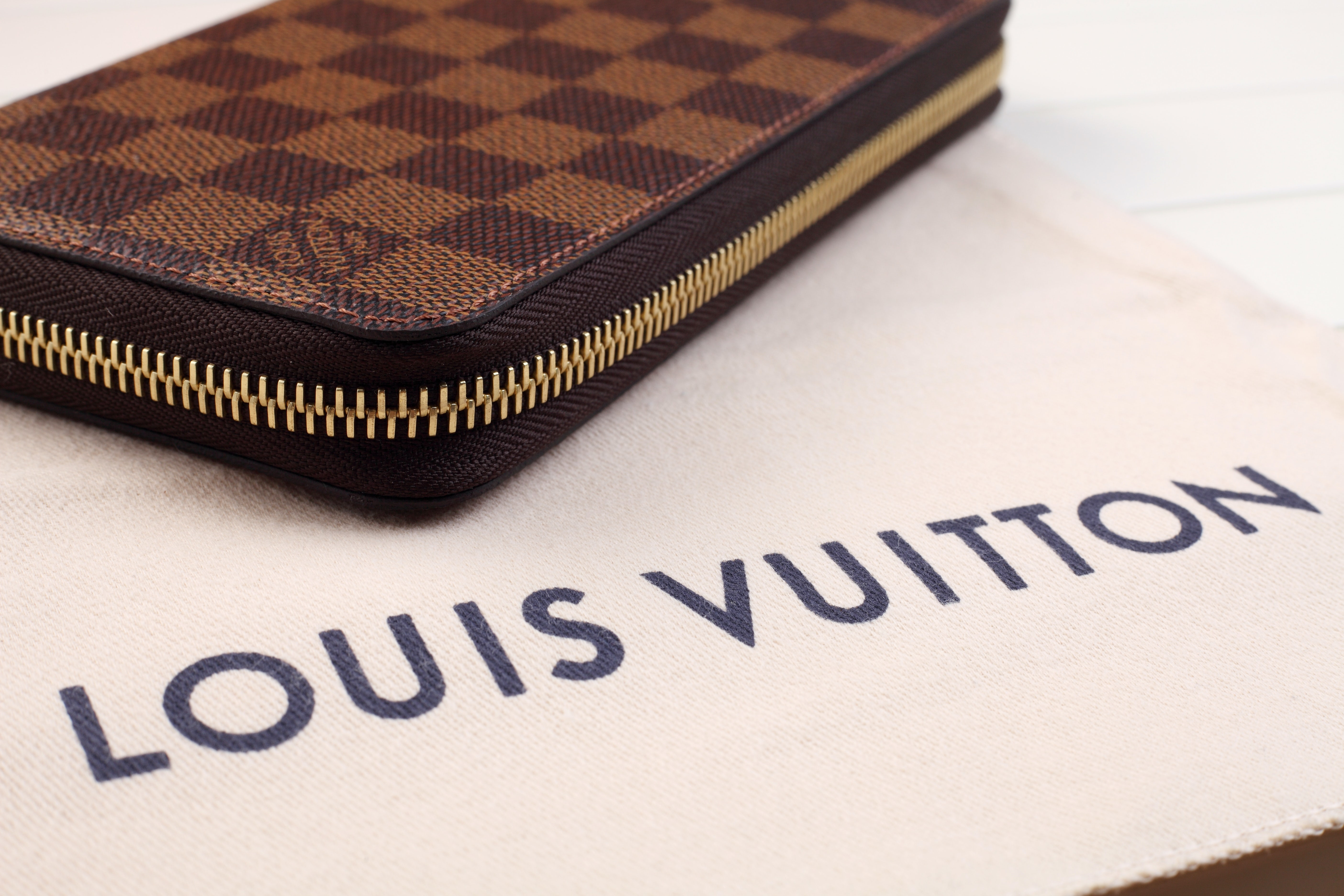 Louis Vuitton in Talks to Open US Factory