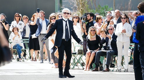 27bbb92d00c2f9 Karl Lagerfeld at the Chanel Autumn 2017 haute couture show in Paris |  Source: InDigital