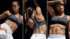 Soccer player and Olympic gold medalist Sydney Leroux in the Nike FE/NOM Flyknit Bra | Source: Nike