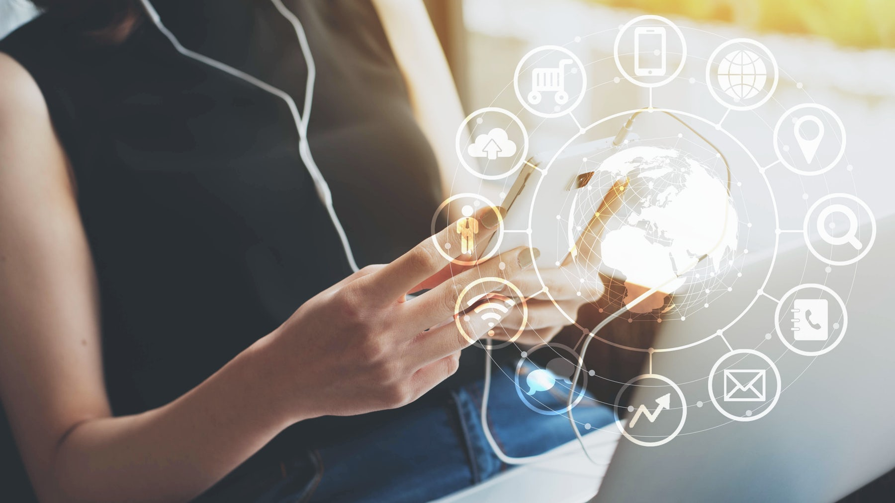 Solving Omnichannel | Source: Shutterstock