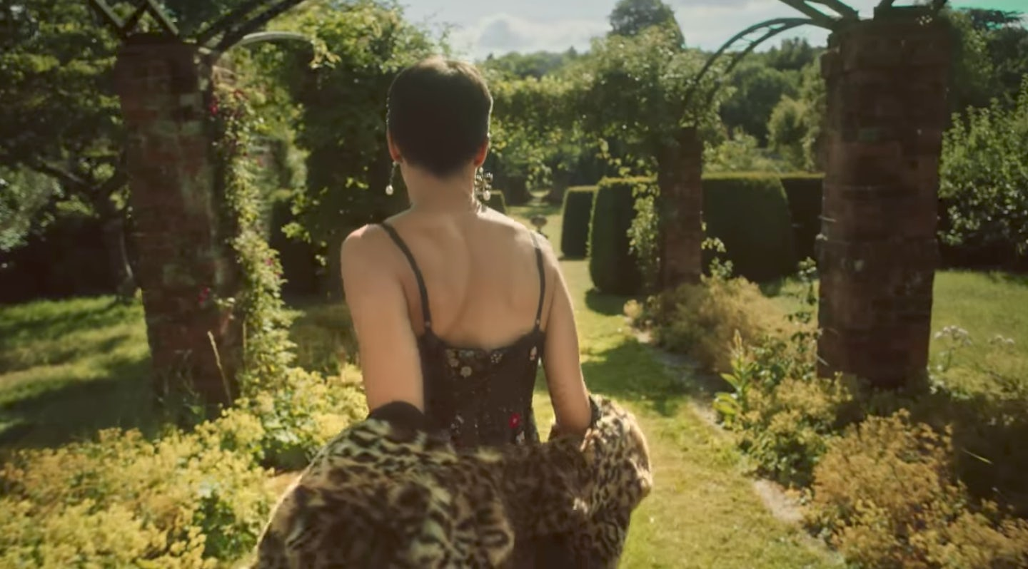 A screenshot from the Erdem x H&M trailer by Baz Luhrmann | Source: Courtesy