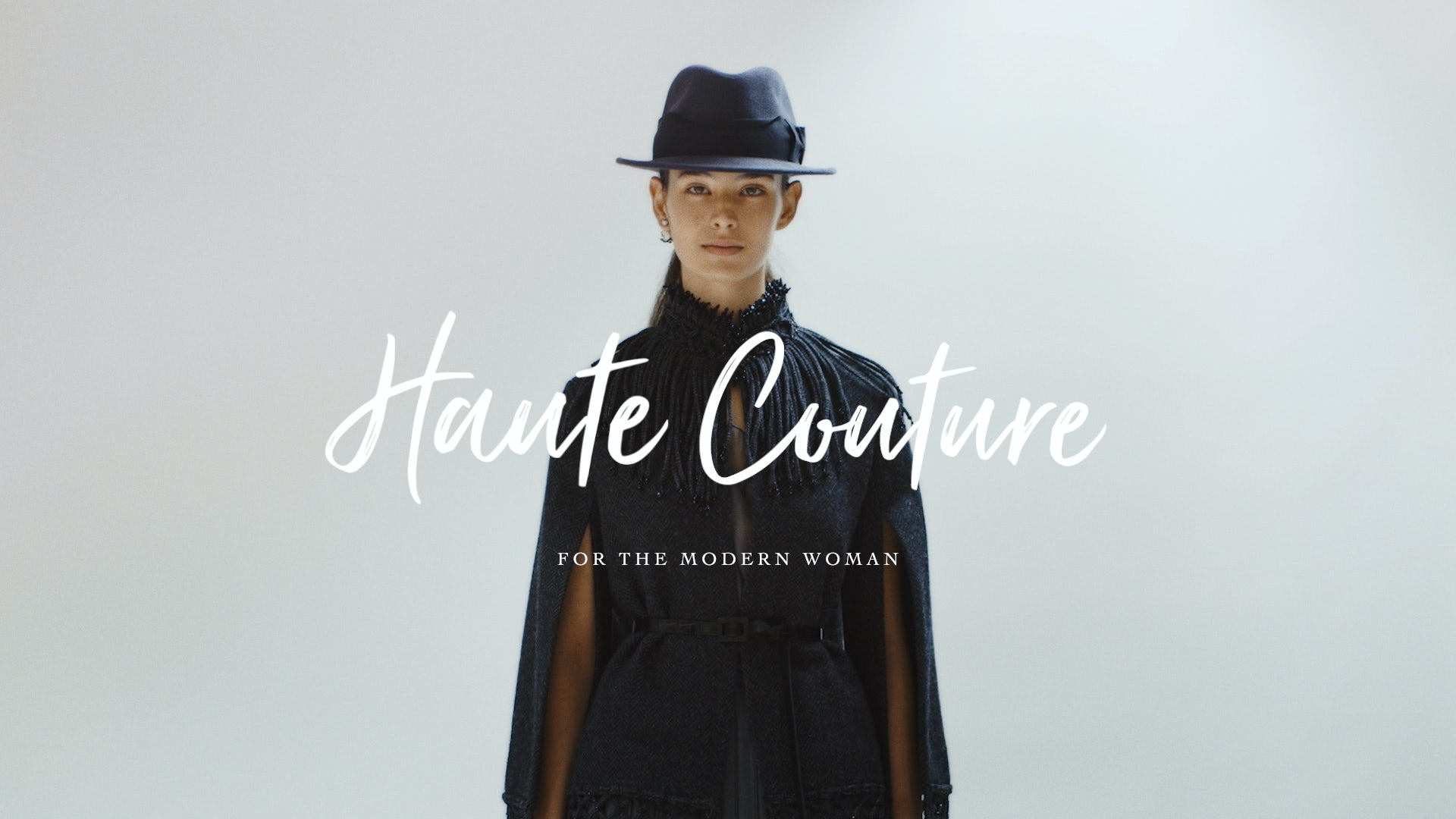 Article cover of Haute Couture for the Modern Woman