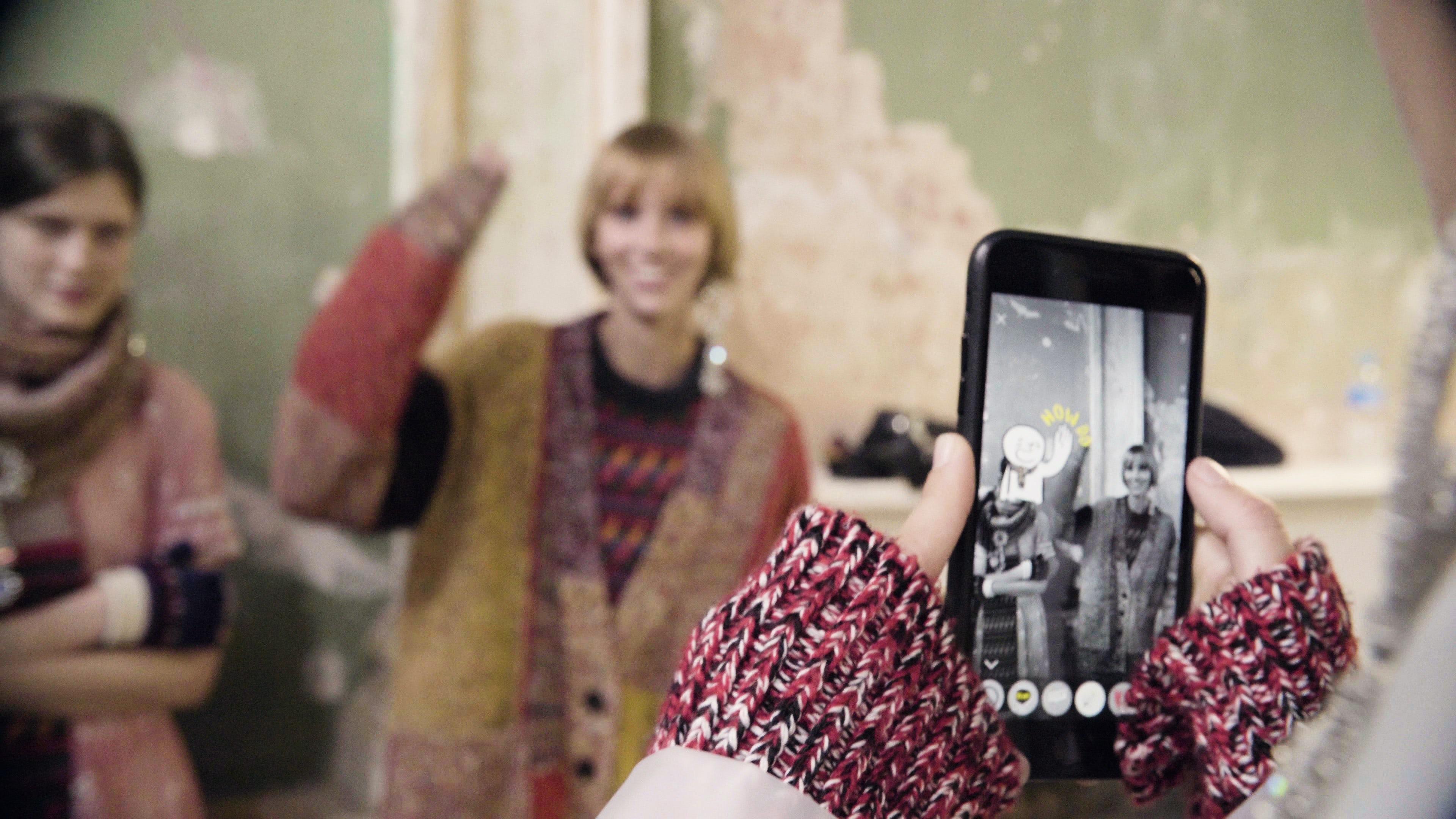 Burberry's AR fashion app   Source: Courtesy