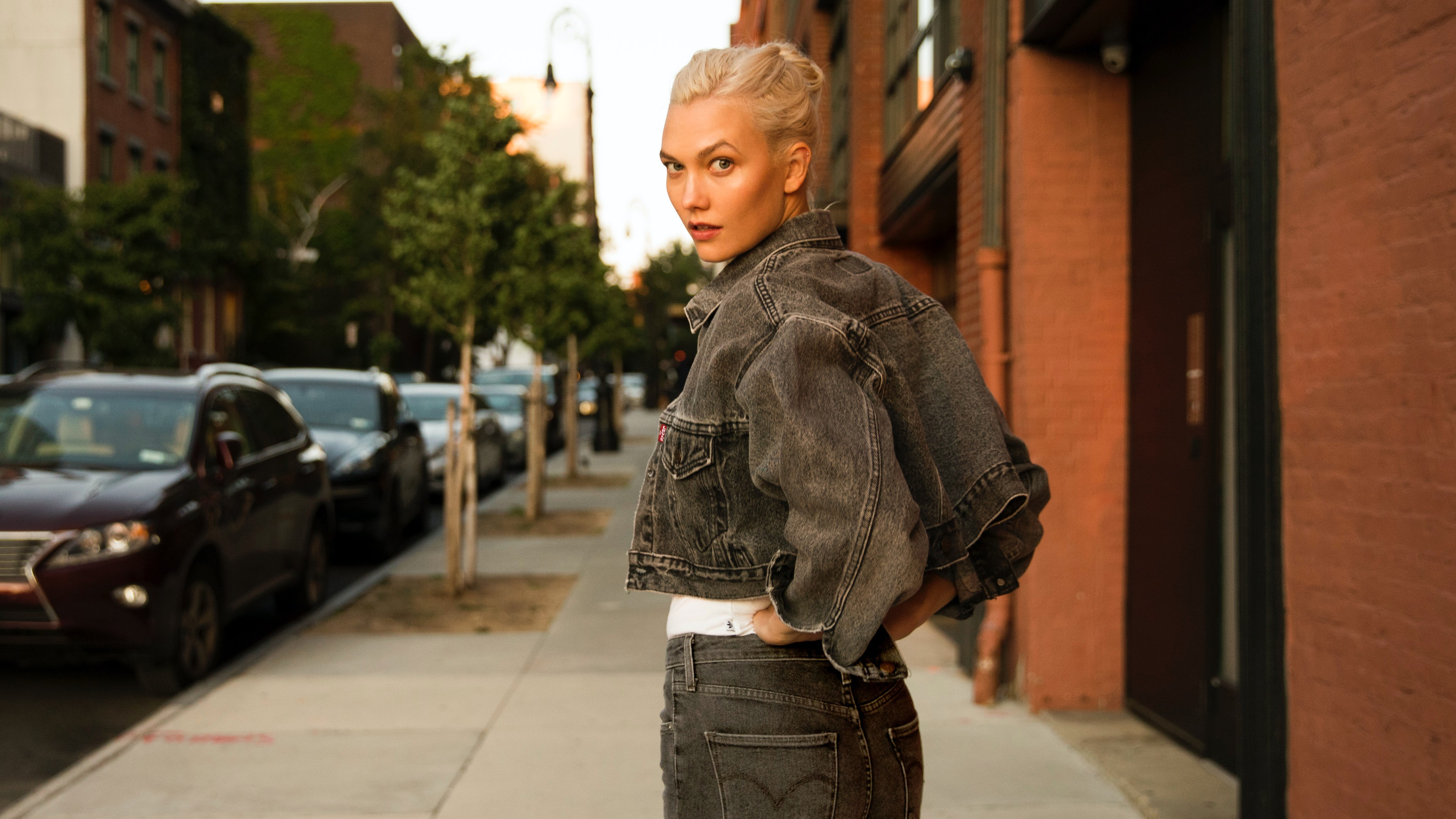 Karlie Kloss in her custom 50th anniversary Levi's trucker jacket | Source: Courtesy