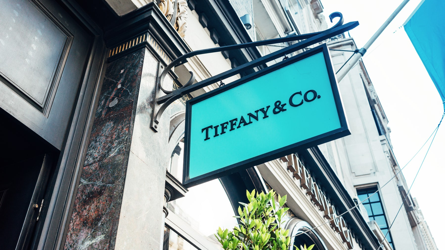Tiffany & Co storefront | Source: Shutterstock