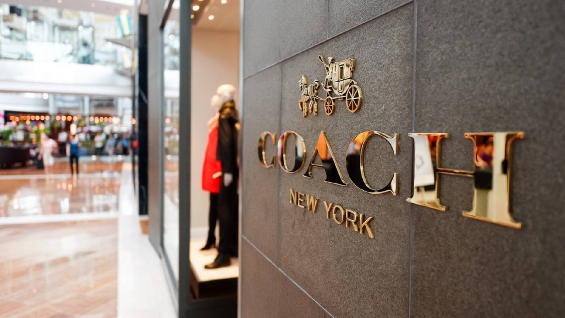 Article cover of Coach Owner Applies to Withdraw Shares from Hong Kong