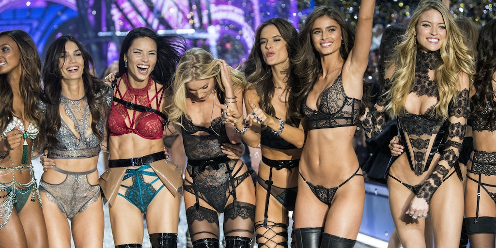 Victoria's Secret Fashion Show Struts on Despite Controversy
