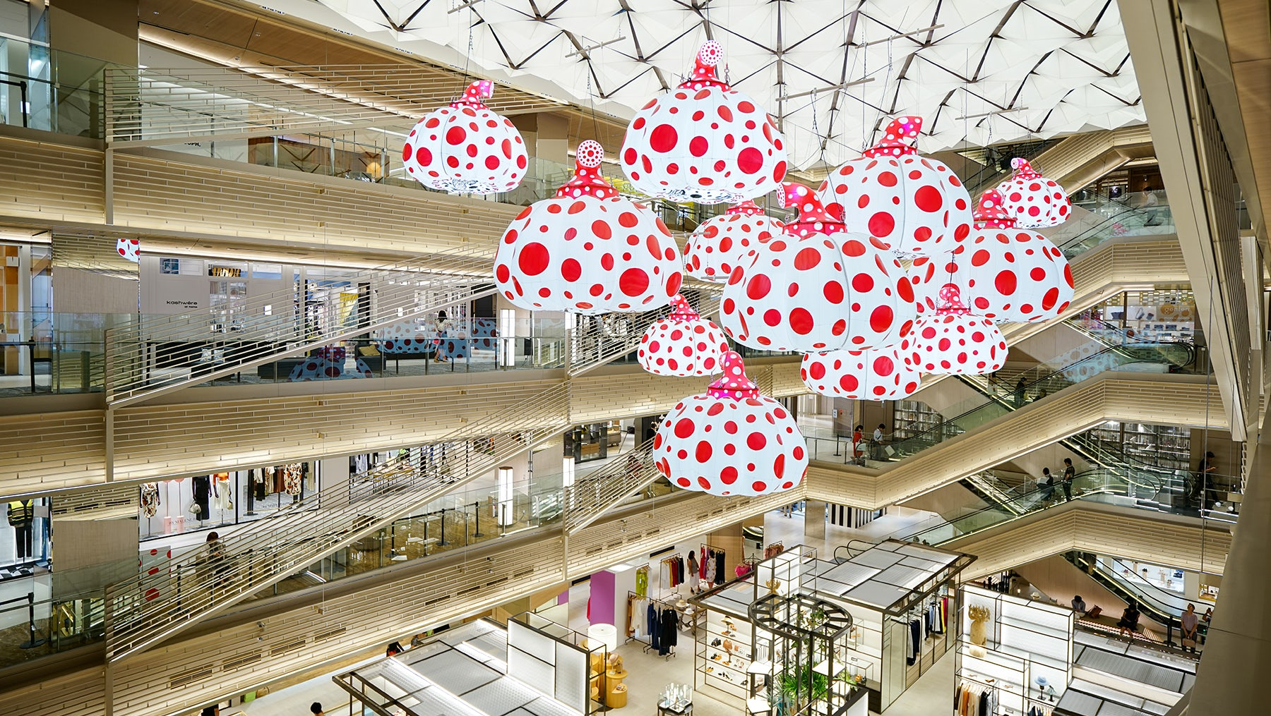 Inside the recently opened Ginza Six in Tokyo | Source: Shutterstock